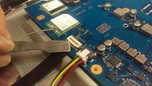 Broken Samsung Laptop Desktop Computer Dissasembly