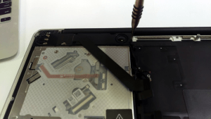 MacBook Pro A1278 Disassembly Guide Step 20