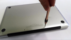 MacBook Pro A1278 Disassembly Guide Step 1