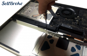 MacBook Pro A1297 Disassembly Guide Step 13