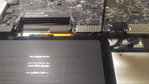 MacBook Pro A1297 Disassembly Guide Step 6