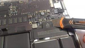 MacBook Pro A1502 Laptop Disassembly Instructions step 7