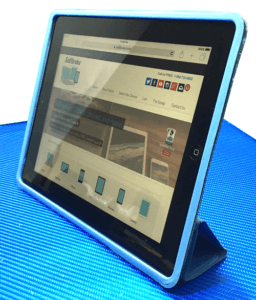 iPad 2 Apple Tablet with Case