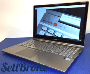Samsung Series 7 Chronos Laptop Right Angle