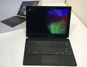 Lenovo Miix 700 Laptop Mode