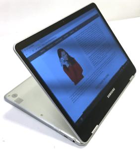 Samsung Chromebook Pro Laptop Theater Mode