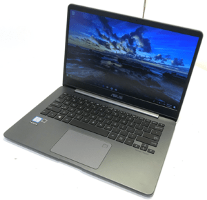 Asus Zenbook UX430 Laptop Right Angle