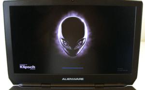 Alienware 17 R3 Gaming Laptop Dsiplay