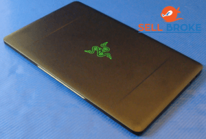 Razer Balde Stealth Top