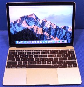 MacBook 12 Front