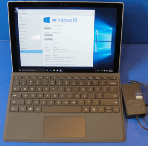 Microsoft Surface Pro 4 Front